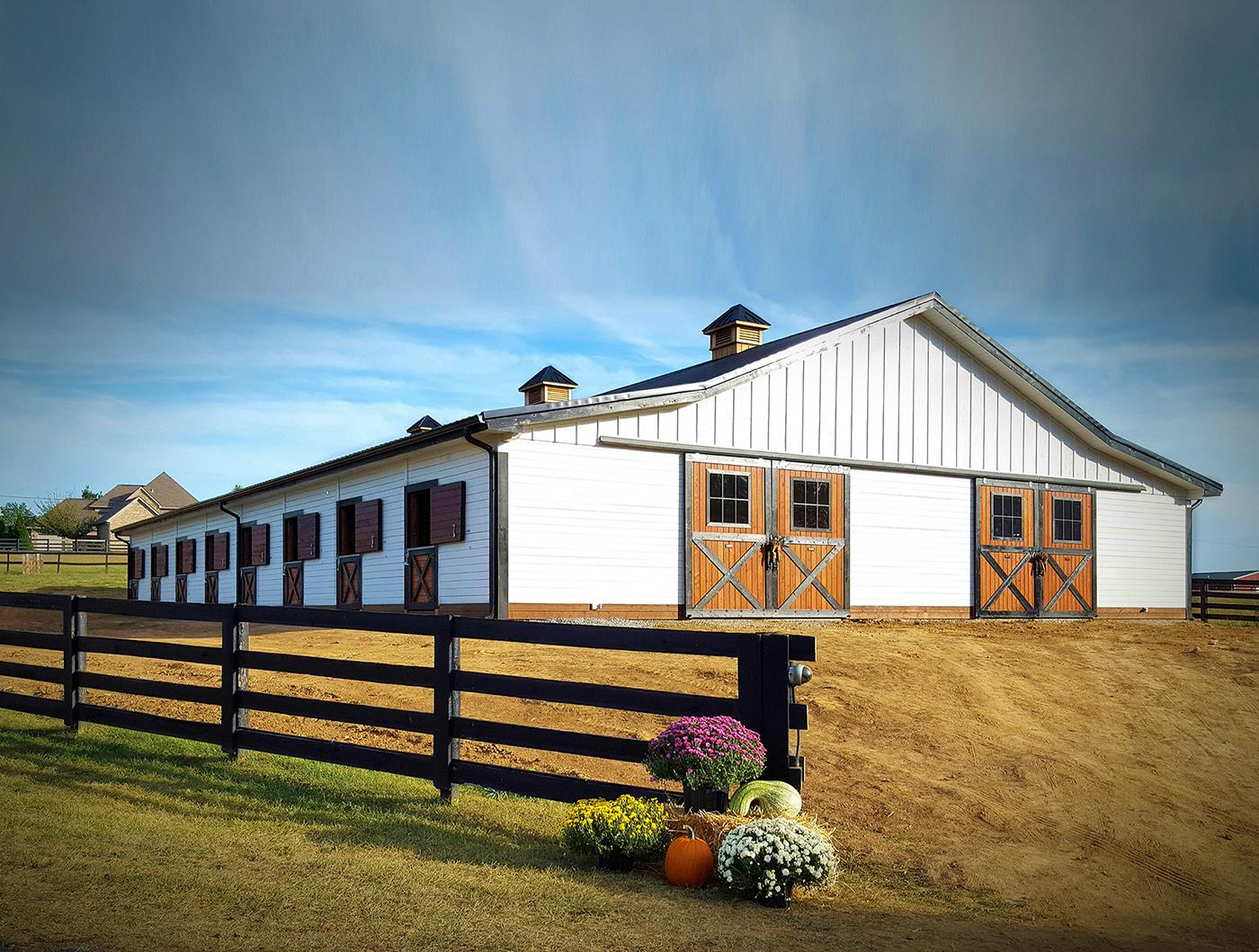 Grand Sierra Equine Facility In Ky Barn Pros